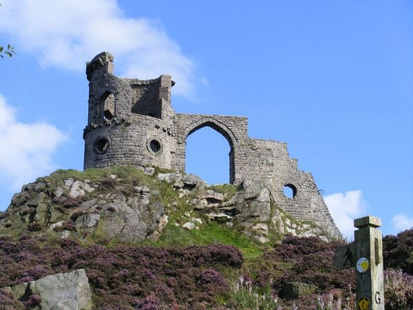 Mow Cop Castle (Wikipedia)