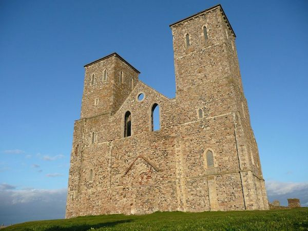 Reculver Towers (Wikipedia)