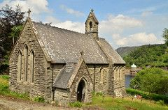 Nantgwillt Chapel, Elan Valley © Andrew Ratcliffe
