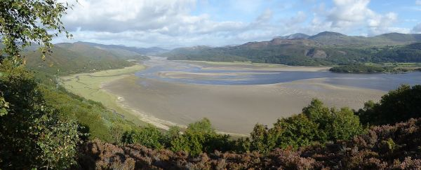 Afon Mawddach towards Cadair Idris