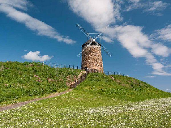 St Monan's Windmill © Fiona McG