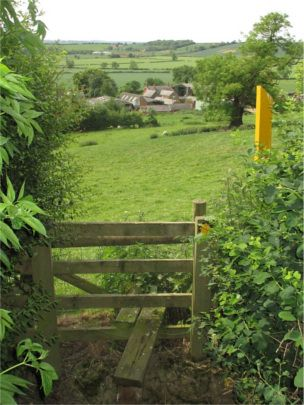 Looking down on Cranoe © Leicestershire Footpath Association