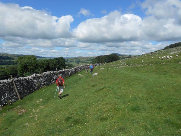 Blua Crags Pennine Bridleway