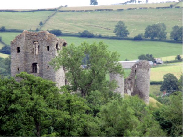 Clun Castle © Shropshire Way Association