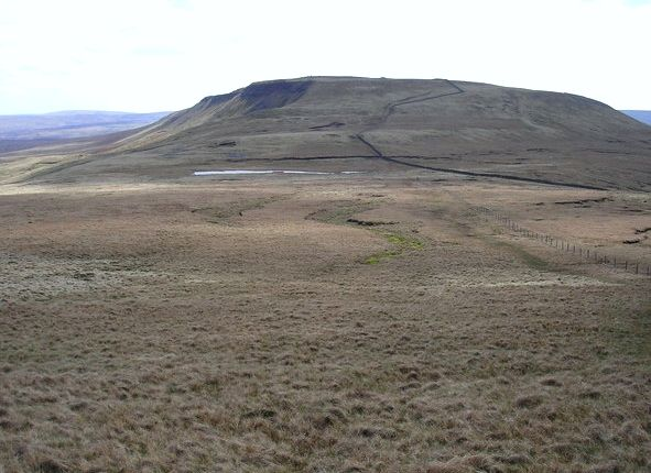Swarth Fell from Wild Boar Fell (Wikipedia)