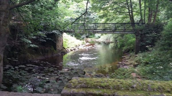 Bridge over the river Ethrow at Broadbottom