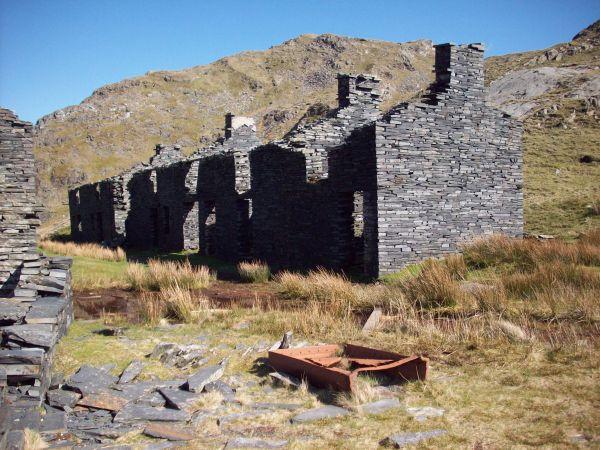 Rhosydd Barracks