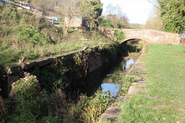 Thames and Severn Way