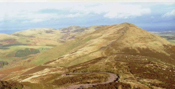 From Scald Law looking towards Carnethy Hill