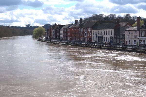 Severn in flood in Georgian Bewdley