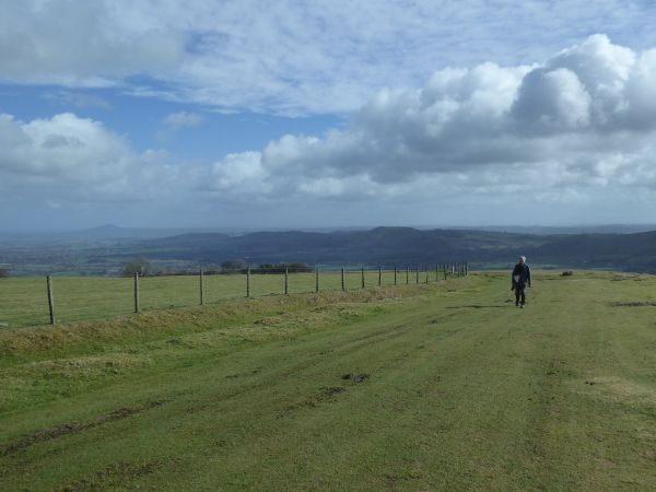 Long Mynd, striding out