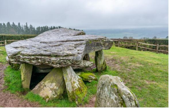 Arthur's Stone - Visit Herefordshire