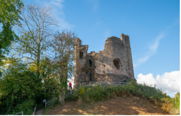 Longtown Castle - Visit Herefordshire